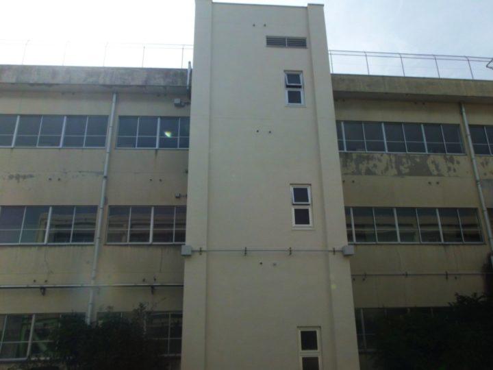 和泉市富秋町 T中学校 外壁改修工事