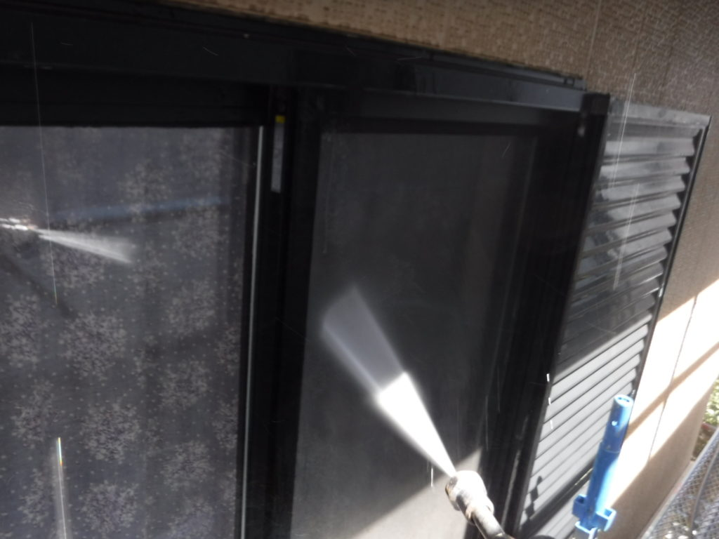外壁塗装・屋根塗装専門店ロードリバース2075