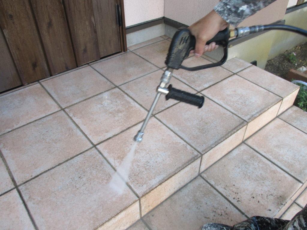 外壁塗装・屋根塗装専門店ロードリバース2493